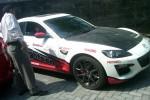 Salahsatu Mobil Sport Mazda X-8 milik tersangka mafia tanah, Bambang Tedy dibawa penyidik Polda DIY menuju ke Kejati DIY, Rabu (29/10/2014). (JIBI/Harian Jogja/Sunartono)