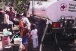PMI (Palang Merah Indonesia) Temanggung mendistribusikan bantuan air bersih ke kawasan yang mengalami kekeringan pada musim kemarau pada 2014 ini. Hingga pekan pertama Oktober 2014, PMI Jawa Tengah masih mendeteksi adanya kekeringan sehingga warganya kekurangan air bersih di beberapa wilayah provinsi ini. (JIBI/Solopos/Istimewa/PMI Jateng-Andi)