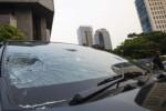 FOTO DEMO FPI TOLAK AHOK : Mobil-Mobil Rusak Gara-Gara Demo FPI