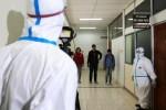 FOTO EBOLA DI INDONESIA : Penanganan Virus Ebola Disimulasikan di UGM