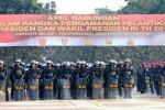 Sejumlah anggota TNI dan Polri mengikuti apel gabungan di kawasan Senayan, Jakarta, Kamis (16/10/2014). Apel gabungan yang melibatkan 24.000 personel itu digelar dalam rangka persiapan pengamanan menjelang pelantikan calon presiden terpilih dan calon wakil presiden terpilih dalam Pilpres 2014, Senin (20/10/2014) mendatang. (Rahmatullah/JIBI/Bisnis)