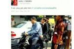 Foto Jokowi saat naik motor (Twitter)