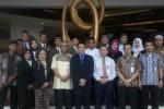 Pimpinan Lembaga Sertifikasi Usaha (LSU) Pariwisata dan manajemen Syariah Hotel Solo berfoto bersama di hotel setempat, Kamis (16/10/2014). (JIBI/Solopos/Istimewa)