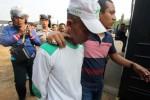 DEMO FPI TOLAK AHOK : Demo FPI Rusuh, 4 Laskar Cedera, 11 Polisi Terluka