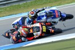 Alvaro Bautista (kanan) saat alami kecelakaan dalam salah satu seri MotoGP. Ist/alvarobautista.com