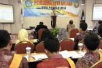 Salah seorang dari 40 finalis menjalani Pemilihan Duta Bahasa Jawa Tengah 2014 di Move Megaland Hotel, Solo, Jawa Tengah, Rabu (8/10/2014). Kegiatan yang diselenggarakan Balai Bahasa Provinsi Jawa Tengah ini diikuti 133 peserta se-Jawa Tengah. (Mahardini Nur Afifah/JIBI/Solopos)