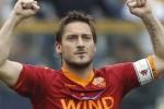 Gelandang serang AS Roma Francesco Totti menjadi pembuat gol tertua di Liga Champions. Ist/Dok