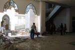 Anggota Komisi III DPRD Klaten mengecek pembangunan Masjid Agung Klaten, Jumat (24/10/2014). Kegiatan itu untuk mengetahui sejauh mana pembangunan masjid itu yang menelan bianya hingga puluhan miliar rupiah. (Ayu Abriyani/JIBI/Solopos)