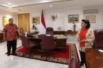 "Foto yang diunggah akun @SBYudhoyono, Minggu (19/10/2014). SBY memberi keterangan ""Ruang kerja Presiden ini sebentar lagi akan beralih penghuni. Fungsinya tetap sama: memastikan rakyat sejahtera"". (Istimewa/Twitter)"