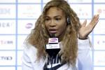 Petenis nomor satu dunia Serena Williams menjawab pertanyaan wartawan dalam sebuah konferensi pers. JIBI/Reuters/Jason Lee