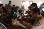 Warga mengikuti tahap konsultasi publik pembangunan Bandara Kulonprogo di Balaidesa Jangkaran, Kecamatan Temon, Kulonprogo, Selasa (25/11/2014). (JIBI/Harian Jogja/Switzy Sabandar)