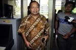 FOTO KASUS WISMA ATLET : Politikus PDIP Wayan Koster Diperiksa KPK
