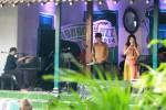 Kelompok musisi jaz Jay & Gatra Wardaya berkolaborasi dengan musisi asal Korea Selatan, Gamin, tampil memainkan alat musik tradisional taepyongso dalam Ngayogjazz 2014 yang digelar di Desa Wisata Brayut, Pendowoharjo, Sleman, DI. Yogyakarta, Sabtu (22/11/2014). Ngajogjazz merupakan gelaran musik jaz yang sarat nuansa pedesaan. Pergelaran tahun 2014 ini adalah pergelaran ketujuh event tersebut. (Desi Suryanto/JIBI/Harian Jogja)