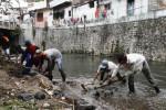 PENCEMARAN SOLO : BLH: Seluruh Sungai Di Solo Tercemar Sampah Rumah Tangga