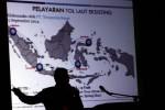Direktur Utama PT Pelindo IV Mulyono menjelaskan tentang tol laut pada acara Forum Komunikasi Dewan Komisaris PT Pelindo I, II, III, dan IV (Persero) di Makassar, Sulawesi Selatan, Jumat (28/11/2014). (Paulus Tandi Bone/JIBI/Bisnis)