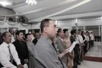 Para peserta ikrar massal janji nikah di GKJ Tamanasri, Sragen, sedang mengikuti prosesi acara, Jumat (31/10/2014) sore. (Kurniawan/JIBI/Solopos)