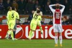 Pemain Barcelona merayakan gol, setelah menaklukkan Ajax 2-0. JIBI/Reuters/dok