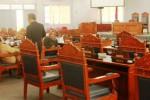 Beberapa anggota DPRD Gunungkidul dari Fraksi PDI Perjuangan terlihat berbincang-bincang di ruang Rapat Paripurna. Gara-gara tak memenuhi quorum maka rapat pembentuk alkap Dewan dibatalkan, Senin (3/11/2014). (JIBI/Harian Jogja/David Kurniawan)