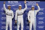 Pembalap Mercedes F1 Hamilton (Ki), Rosberg dan pembalap Williams Bottas. JIBI/Rtr/Hamad I Mohammed