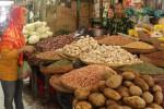 Penjual kebutuhan pokok di Pasar Argosari Gunungkidul.(Kusnul sti Qomah/JIBI/Harian Jogja)