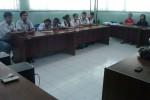 Sepuluh dari 12 siswa kembar di SMKN 8 Solo berkumpul di ruang sidang sekolah setempat, Rabu (12/11/2014). Mereka tidak hanya memiliki kemiripan wajah dengan kembarannya, tetapi juga bisa merasakan sakit saat saudara kembarnya sakit. (Shoqib Angriawan/JIBI/Solopos)