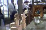 Arca Neb-Senu Terekam Kamera Bergerak Sendiri (youtube)