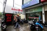 Agen perjalanan Miki Tour di Jl. Yosodipuro No. 54, Banjarsari, Solo, Jawa Tengah tak menunjukkan situasi khusus meskipun menjadi lokasi terjadinya kasus perampokan dan penyekapan, Kamis (18/12/2014). Di lokasi tersebut empat karyawan disekap oleh perampok yang menyebabkan raibnya Rp17 juta uang tunai dan perhiasan yang ditaksir bernilai Rp30 juta. (Ivanovich Aldino/JIBI/Solopos)