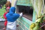 FOTO YAQOWIYU KLATEN : Warga Setor Apam untuk Disebar Panitia