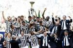 Para pemain dan ofisial tim Juventus saat merayakan kemenangan menyabet gelar juara Liga Serie-A. Ist/dok