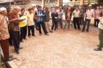 BANK INDONESIA SOLO Ajak 3 Kelompok Peternak Sapi Boyolai Belajar di Jatim