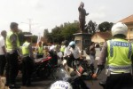 Sejumlah kendaraan bermotor terjaring razia di pertigaan Bulevar Ir. Soekarno, Boyolali, Jawa Tengah, Selasa (23/12/2014). (Muhammad Irsyam Faiz/JIBI/Solopos)