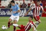 Pemain Almeria dan Celta Vigo berebut bola dalam laga beberapa waktu lalu. Ist/dok