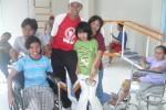 Arif Indriyanto bersama anak didiknya (Foto Dokumen)