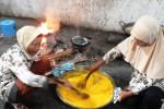 Proses pembuatan jamu tradisional instan di Dusun Kalisoro, Umbulmartani, Ngemplak, Sleman. (Rima Sekarani/JIBI/Harian Jogja)