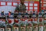 Ratusan botol miras hasil razia Polresta Jogja selama cipta kondisi jelang Hari Raya Natal (JIBI/Harian Jogja/Ujang Hasanudin)