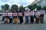 Demo 100 hari pemerintahan Jokowi-JK (JIBI/Harian Jogja/Ujang Hasanudin)
