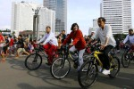 Jokowi lakukan agenda presiden ke car free day, Minggu (25/1/2015). (Abdullah Azzam/JIBI/Bisnis)