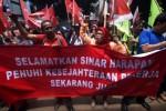 Aksi buruh Sinar Harapan di Jakarta, Kamis (29/1/2015). (JIBI/Solopos/Antara/Zabur Karuru)