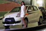Mobil terbaru Mitsubishi New Mirage Sport dipamerkan di Jakarta, Rabu (28/1/2015). (Dwi Prasetya/JIBI/Bisnis)
