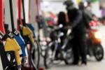 Ilustrasi aktivitas stasiun pengisian bahan bakar umum (SPBU). (Nurul Hidayat/JIBI/Bisnis)