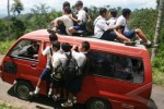 PILKADA KARANGANYAR 2018: Inilah Solusi Cabup Atasi Minimnya Angkutan Pelajar di Sepanjang Tawangmangu