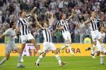 Para pemain Juventus melakukan selebrasi. Ist/dok