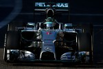 Ini dia penampakan mobil balap F1 Mercedes untuk musim 2015. Ist/omnicorse.it