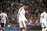 Penyerang Real Madrid, Cristiano Ronaldo, kecewa saat timnya dikalahkan Atletico Madrid di Stadion Santiago Bernabeu, Madrid, Spanyol, Jumat (16/1) WIB. JIBI/Solopos/Reuters
