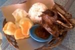 Bebek goreng Warung Makan Bebek Maknyet (JIBI/Solopos/Dok)