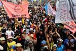 Ribuan orang pendukung perusakan lingkungan hidup demo di Jakarta, Kamis (26/2/2015). (JIBI/Solopos/Antara/Wahyu Putro A.)