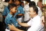 Menbuddikdasmen Anies Baswedan, SDN Dhukuhan, Solo, Kamis (26/2/2015). (JIBI/Solopos/Antara/Andika Betha)