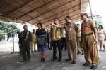FOTO PASAR DARURAT KLEWER : Wali Kota Rudy Pastikan Vastenburg Siap