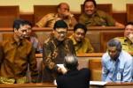 Rapat Paripurna DPR pengesahan UU Pilkada, Selasa (17/2/2015). (JIBI/Solopos/Antara/Akbar Nugroho Gumay)