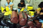 USAHA KECIL : Tingginya Ongkos Produksi, Hasil Kerajinan Luar Jawa Sulit Bersaing